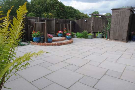 Paths And Patios | Saxon Mocha Paved Patio Area ...